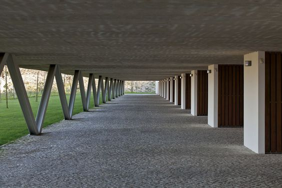 Inês Lobo Arquitectos row-houses in bom sucesso . óbidos