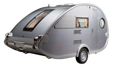 The 400TD weighs in at 1000kgs with an MTPLM of just 1200-1300kgs (incl. the +100kg optional increase). Safe and fast towing is assured, the retro, funky shape works so well under all touring conditions.