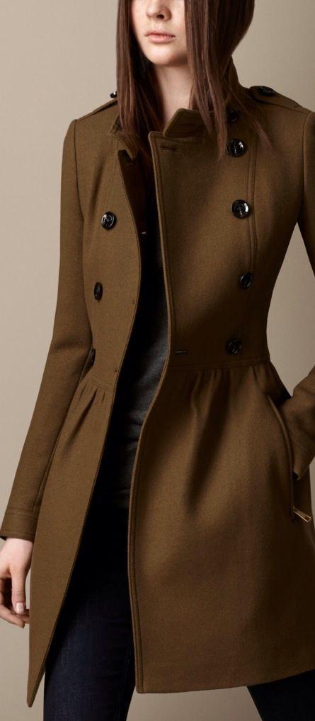 Eu amo esse casaco: