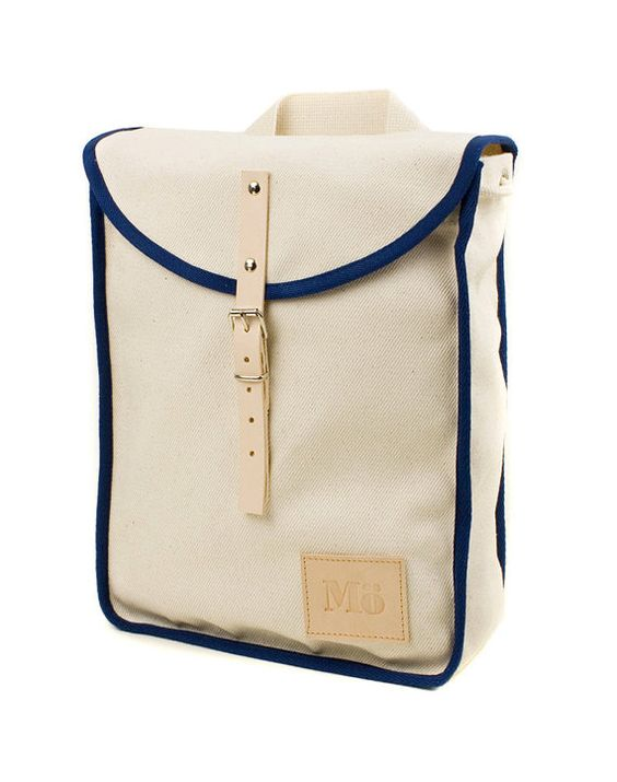 White Navy Heap Line Backpack Retro Vintage Inspired door Modernaked