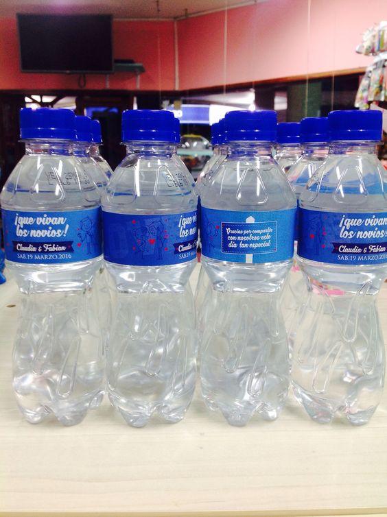 Botellas de agua personalizadas Matrimonio ❤️ claudia y Fabián ❤️ deja en nuestras manos esos detalles que hacen tus cosas sean únicas y especiales #kingcandy #másqueundulce #colombia-popayán