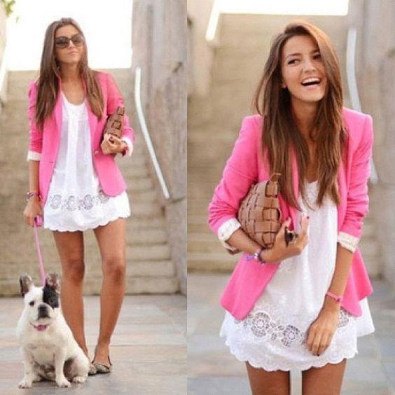 Look para hoy... ¿Qué te parece? A mi en lo personal me fascina el blazer rosa. Se están usando, ¿Ya tienes uno?