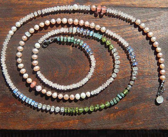 Extra lungo pietra preziosa collana con perla di TheJewelsILove