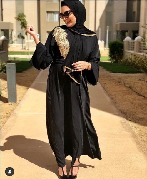 How To Wear Chic Hijab In Ramadan Abayas Fashion Fashion Hijab Trends