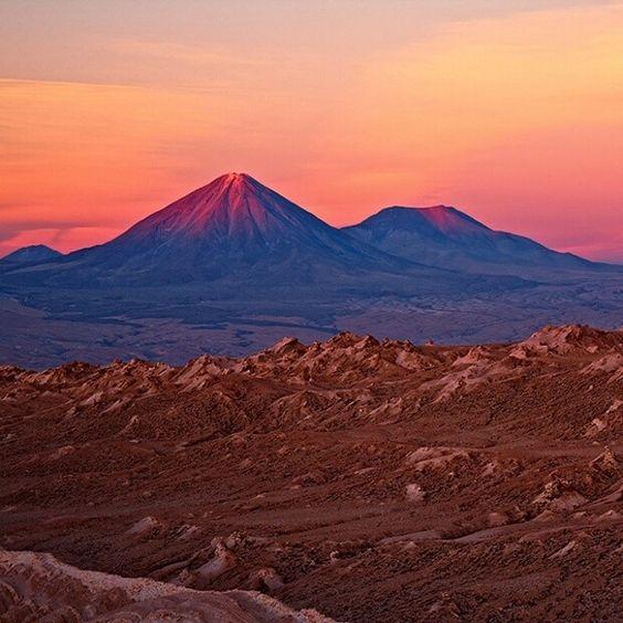 Atardecer en el desierto de Atacama, Chile