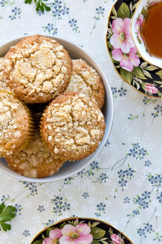 Crème Fraîche Crumb Muffins @Jen Laceda   Tartine and Apron Strings