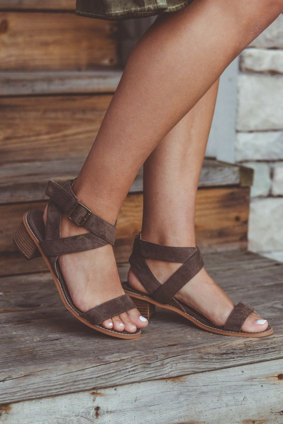 Spring's hottest trend, the block heel sandal is perfect for a cute and casual look this summer! With an adjustable ankle strap and faux suede neutral color, this strappy mid-height sandal is both on trend and comfortable.