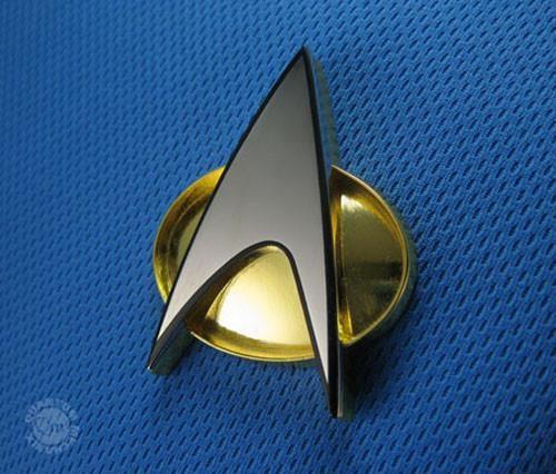 QMX Star Trek:Next Generation Screen Accurate Communicator Pin w Magnetic Back