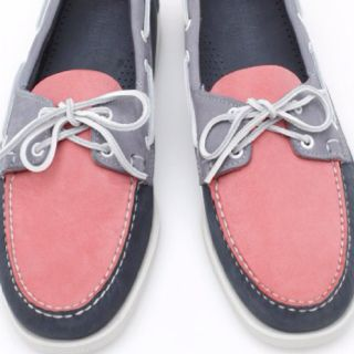 Sebago boat shoes - love this color combo.
