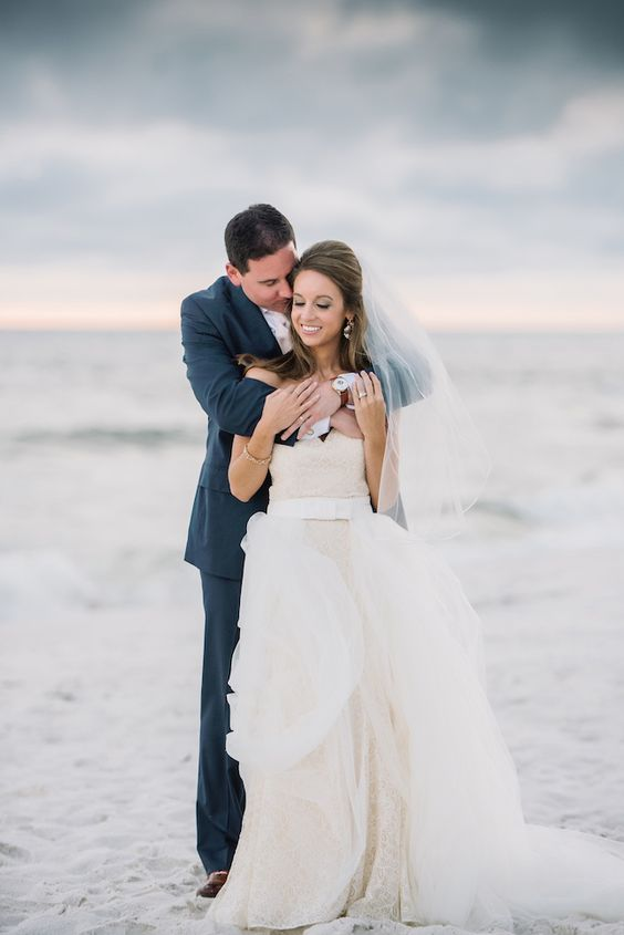 Gorgeous #RosemaryBeach #Wedding in #Florida by @dearwesleyann with romantic details in blush, gold + white. See it all: http://www.confettidaydreams.com/rosemary-beach-weddings via @confettidaydreams