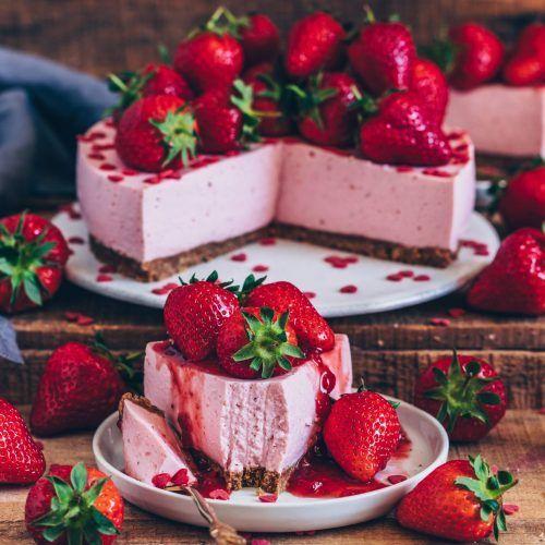 Erdbeer Kasekuchen Vegan Ohne Backen Bianca Zapatka Rezepte Rezept Kasekuchen Ohne Backen Erdbeerkuchen Rezept Laktosefreier Kuchen