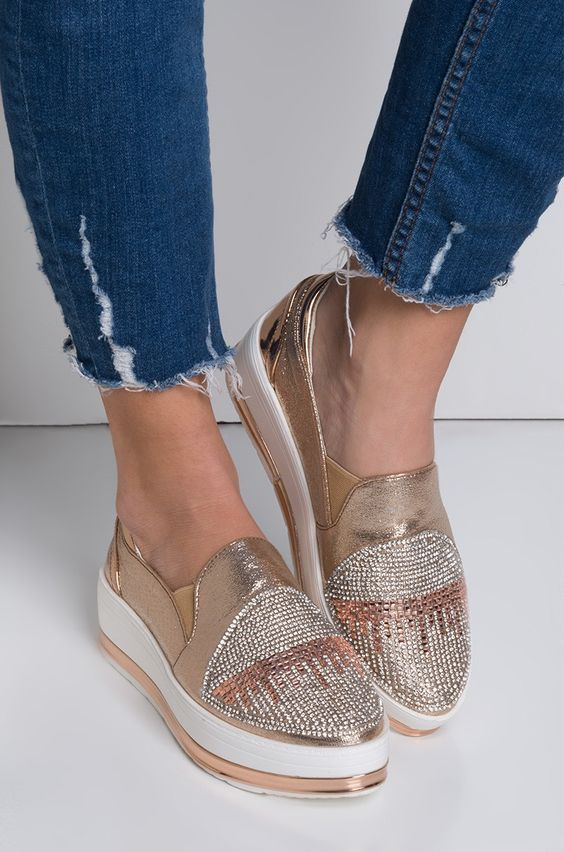 Dizzy Platform Shoes