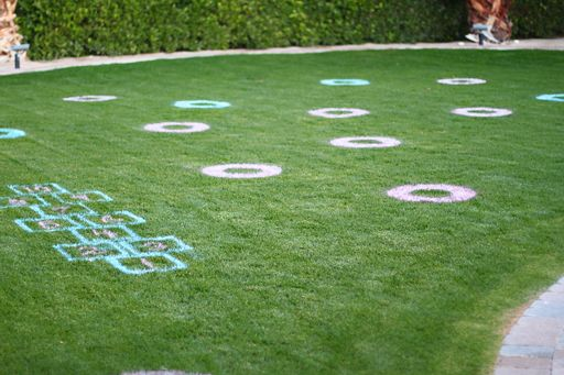 Brilliant Spray Paint Games On The Grass For A Party