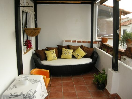 EL COTO 3BED 3BATH VILLA WITH PARKING, A/C, 2KM TO BEACH & AMENITIES. Ref:MGLT 0368
