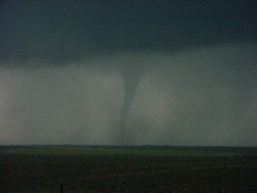 5/22/04  Tornado near Holdredge, NE