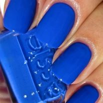 This Butler Please Nail Polish enthusiastic, blue-blooded siren merely loves being waited on hand and foot. Make the perfect at-home spring manicure with this lively blue nail color polish.