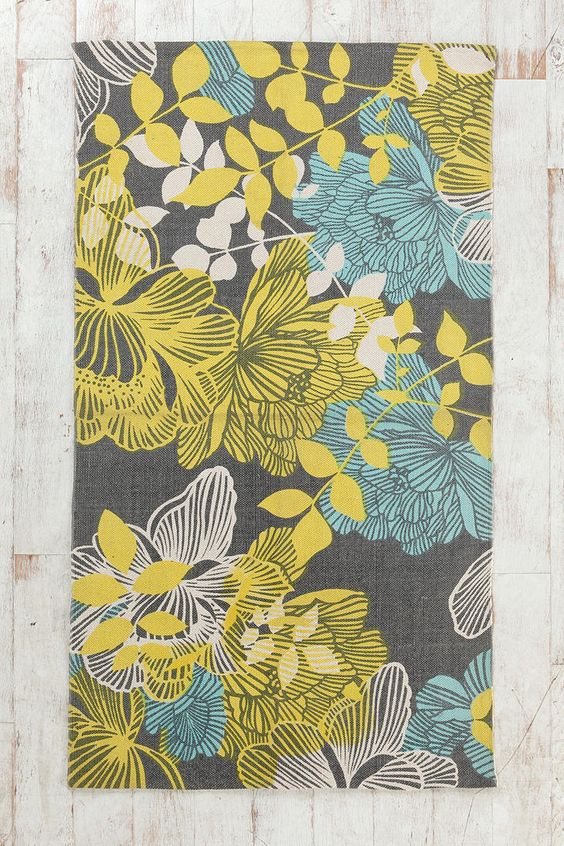 Plum & Bow Silhouette Garden Rug  #urbanoutfitters