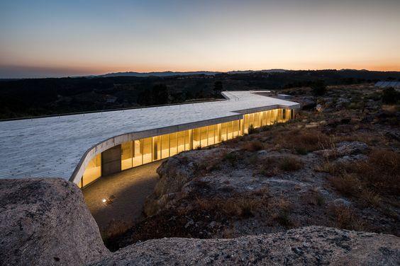 De Lemos - Explore, Collect and Source architecture