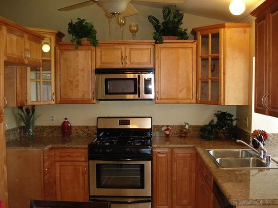 Best color with cherry cabinets colors with maple Kitchen wall colors with maple cabinets