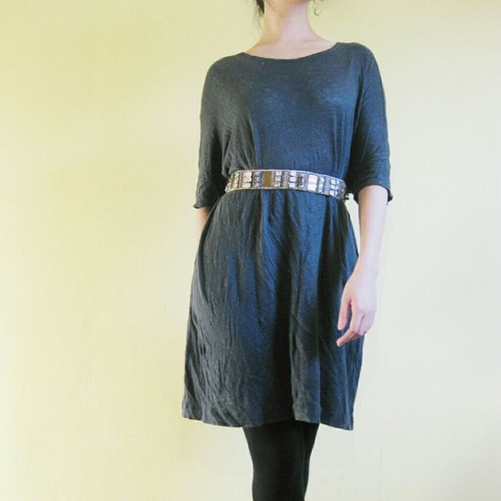 *ZARA* Multipurpose oversized linen tee This oversized tee is very versatile. You can style it anyway you want. I like to pair it with an embellished belt since it's long enough to be a short dress. Also works well with a oversized cardigan for a relaxed look.  Belt not included.  Linen. Zara Tops Tees - Short Sleeve