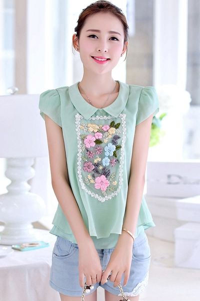 Exquisite Embroidered Floral Blouse