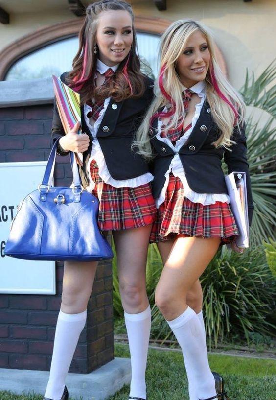 #school #college #uniform #miniskirt #socks #roleplay https://twitter.com/Uniform999