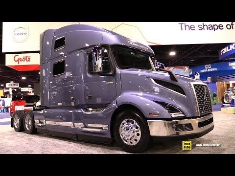 2015 Kenworth T680 Truck With Paccar Mx 13 Engine Exterior Interior Walkaround 2015 Expocam Mtl Youtube Trucks Volvo Volvo Trucks