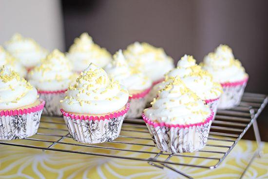 Lemon drop cupcakes. 126 calories a piece!