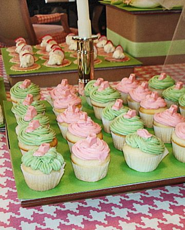 Pink & green cupcakes