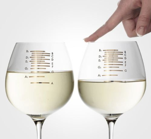 musical wine glassess.... @Liz Morrow !! we need these!!