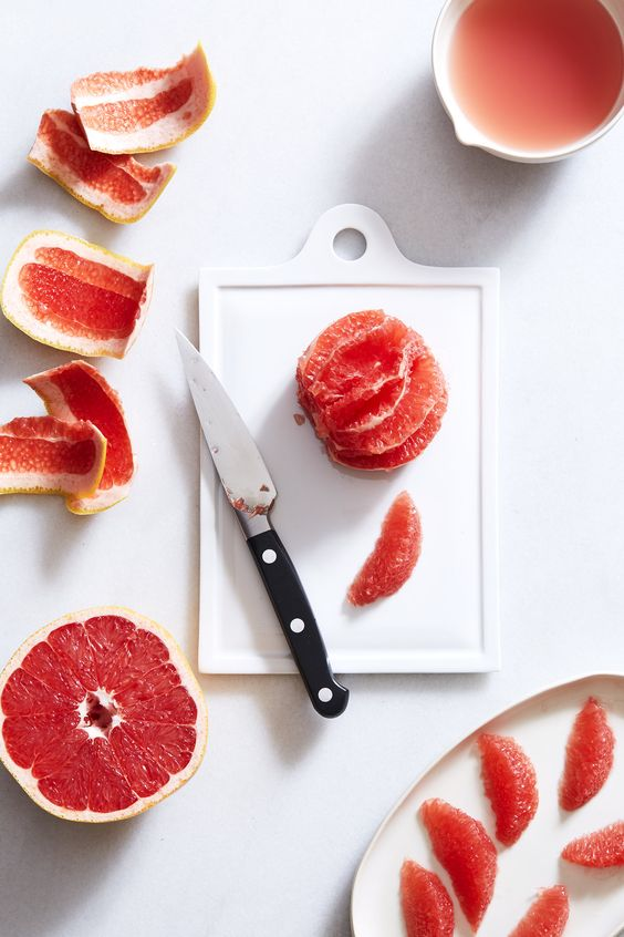 CREME FRAICHE PANNA COTTA WITH GINGER-ROSEMARY POACHED GRAPEFRUIT — SK