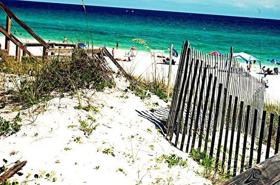 Destin, Florida 2011 --- oh how I would love to be there now!!