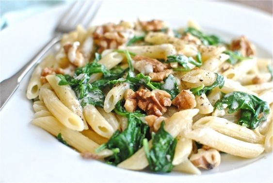 Creamy Penne with Blue Cheese, Arugula and Toasted Walnuts (Bev Cooks)
