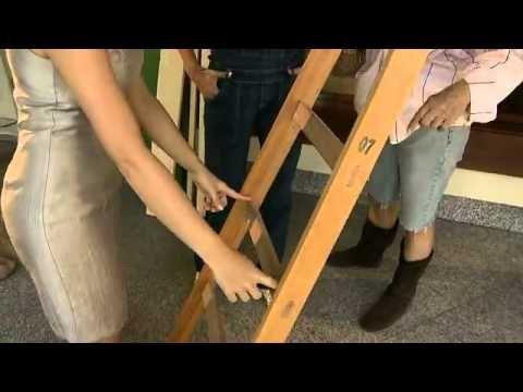 Escada de madeira pode virar uma bela estante