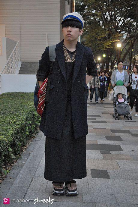 91017-8681-Japanese street fashion in Harajuku, Tokyo