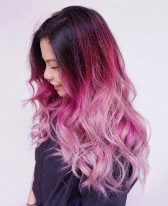 une coloration cheveux framboise tendance balayage rose - Coloration Cheveux Framboise