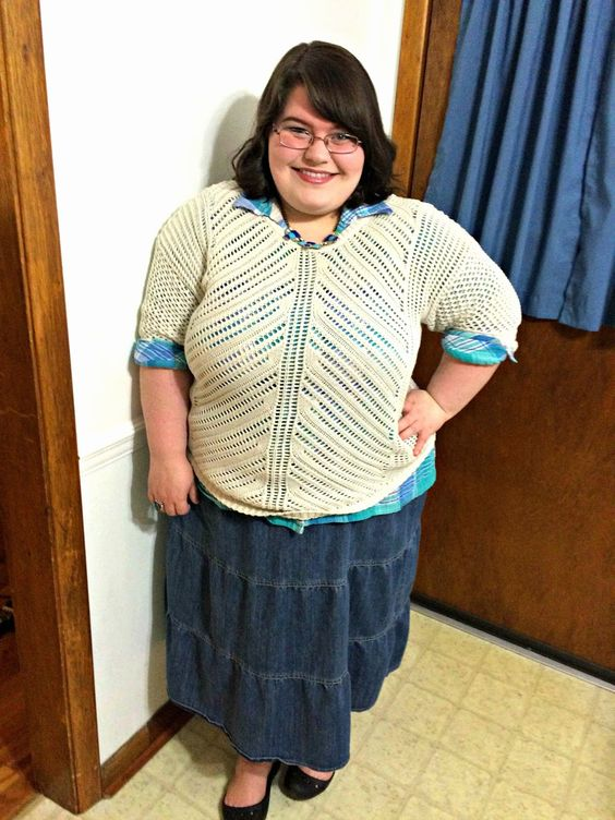 Unique Geek: Plus Size OOTD: Sweater Weather #plussize #plussizeblogger #plussizefashion #sweater #churchoutfit #plussizeoutfit #plussizeootd #plaid: