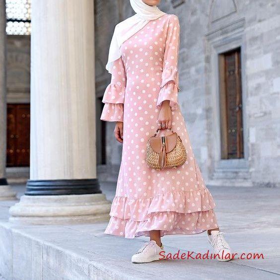 2020 Tesettur Elbise Modelleri Pembe Uzun Kollari Ve Etekleri Firfir Detayli Puantiyeli Abaya Tarzi Musluman Modasi Elbise Modelleri