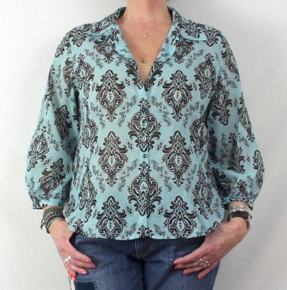 Foxcroft Fitted Blouse 12 L size Blue Black Floral Lightweight & Very Pretty