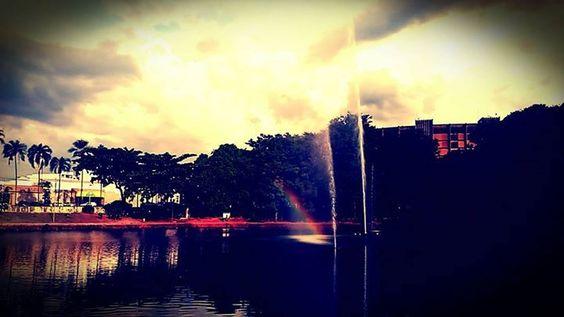Sua cidade por ser linda basta olhar de outro ângulo by waberthestevan http://ift.tt/1Tt8ts9