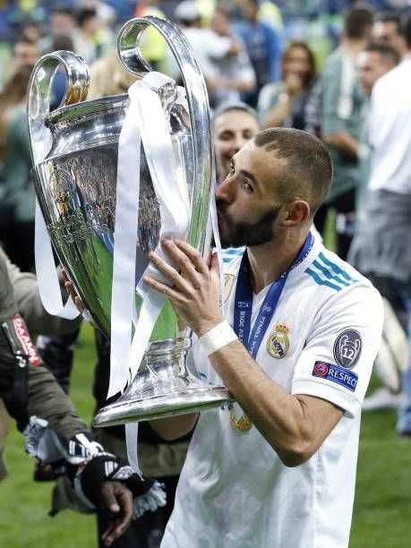 Karim Benzema Of Real Madrid With Uefa Champions League Trophy Coupe Ligue Des Champions Football