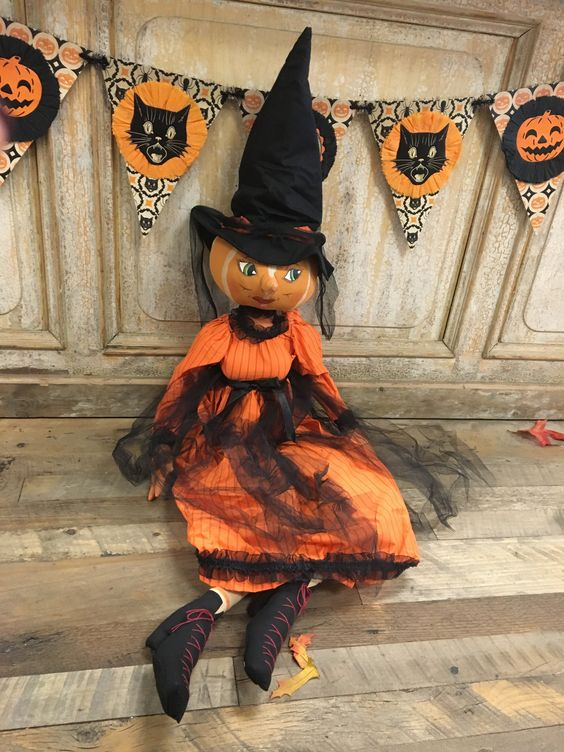 """isadora"" Pumpkin Witch"