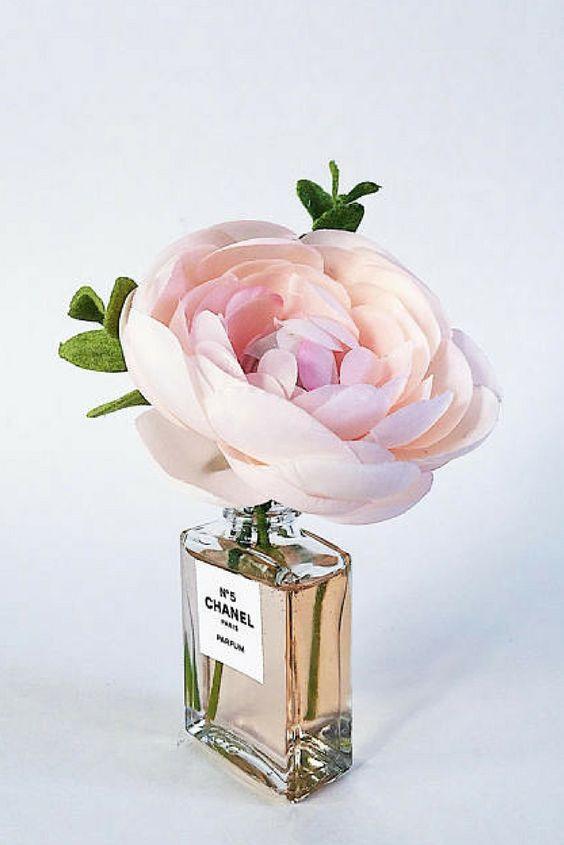 Pretty #pretty #floral #chanelno5 #vase #homedecor #affiliate