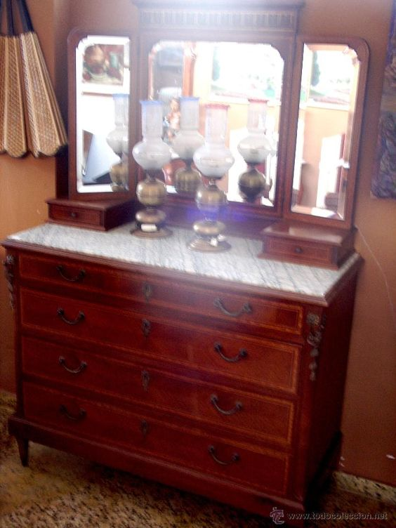 C moda tocador antigua de madera con marqueter a con - Comoda con espejo ...