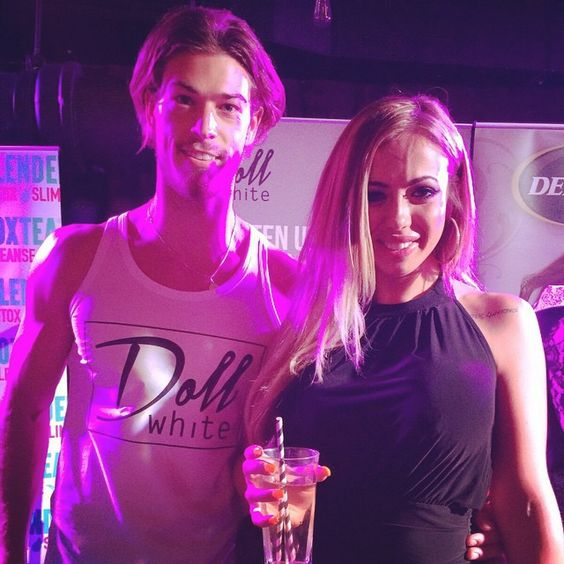 #TBT with the gorgeous @hollygshore who we met at @inthestyleuk summer party last week. Holly is a big fan of Doll White and stopped by to say hi #dollwhiteuk #brightsmile #hollywoodsmile #geordieshore #ITSsummerparty #London #model #girls #fashion