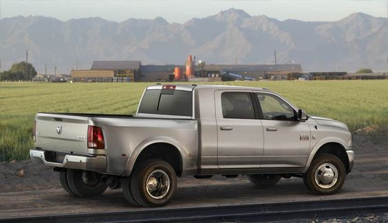 The Ram is currently built at the Saltillo Truck Assembly in Saltillo, Coahuila, Mexico and at the Warren Truck Assembly in Warren, Michigan, United States