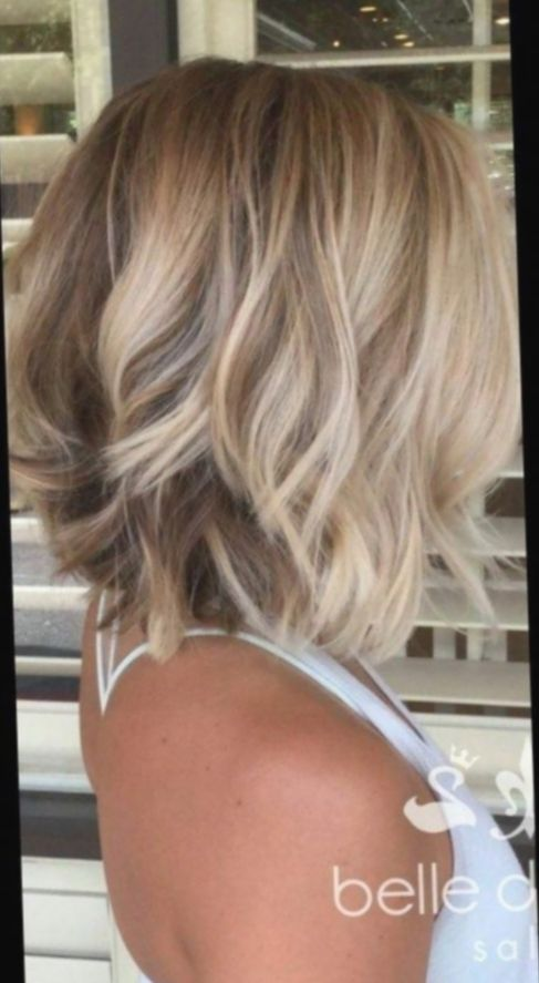 16 Hairstyles For Medium Length Hair Over 40 2019 In 2020 Messy Short Hair Medium Hair Styles Bobs For Thin Hair