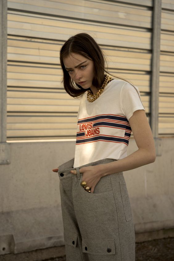 A super modern 90s style story by IIaria Cosentino (Italy) - Fashion Grunge