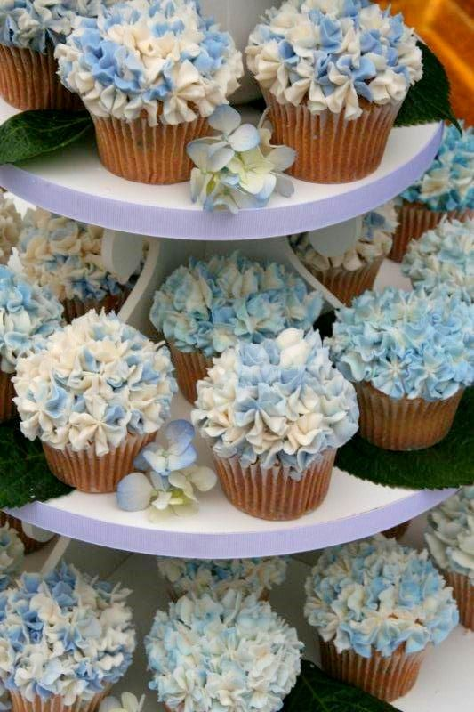 cupcake tower for a #wedding: