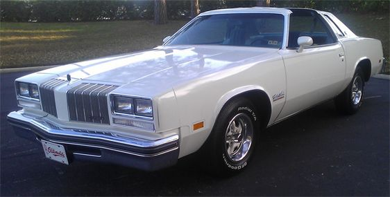Cookie 39 s white twin 1977 oldsmobile cutlass salon t top for 77 cutlass salon for sale